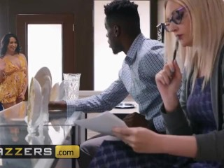 Brazzers - PAWG Mandy Muse gets dominated by big black dick