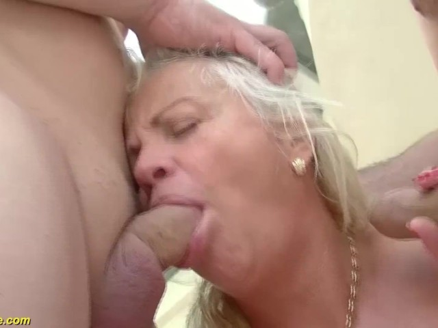 Kanos anya fiú szex videók