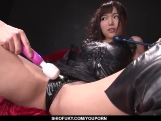 Megumi Shino drives a lot of inches in her tiny Japan holes - More at Pissjp.com