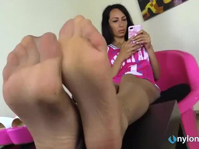 Feet Licking While Fucking