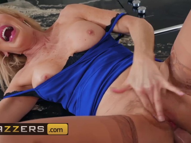 Brazzers - Milf Granny Erica Lauren Can Still Handle Young Cock