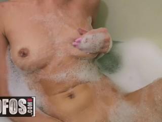 MOFOS - Teens Anya Olsen & Gia Derza ass play in the shower