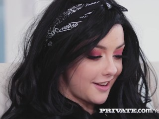 Private.com - Cammer Alessa Savage Bangs BBC On Webcam!