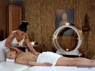 Massage Rooms Erotic pussy fisting and face sitting sexual orgasms