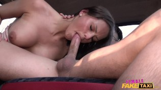 Female Fake Taxi Jogger gets a free pussy ride