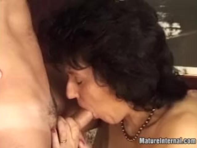 Horny Mature Slut in Her First Anal Creampie Adventure!