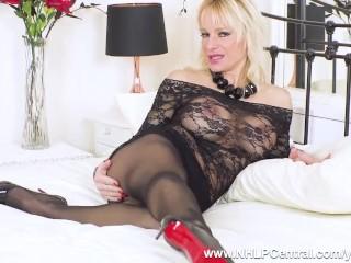 Busty blonde Milf Tara Spades wanks off in sheer black pantyhose and stiletto heels