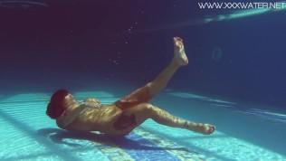 Canadian big tits underwater