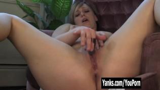 Yanks Lexi P. - Hot Mom Orgasm