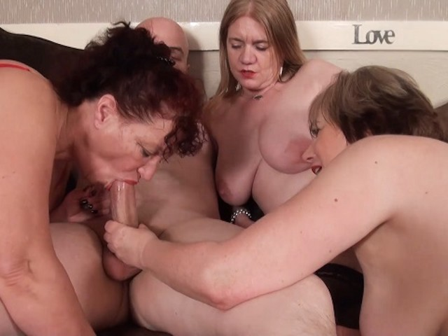 3 Old Busty Dirty British Grannies Bareback Orgy With -6208
