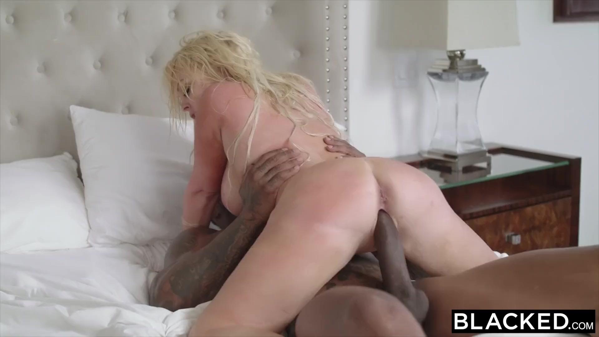 Women masturbating peeing panties