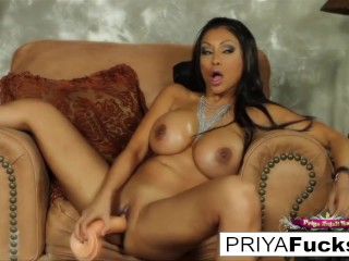 Sybian action with Indian MILF beauty Priya Rai