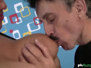 Mature bbw riding cock after sucking it