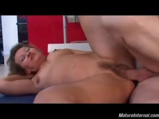 Horny Mature In Anal Adventure After Solarium Treatment