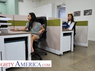 Naughty America - Avery Black & Jenna Rain fuck in office on Labor Day