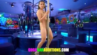 GOGO BAR AUDITIONS XXX  Thai schoolgirl gives sucks cock for a job