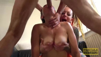 lucy love wet natural boobs pic
