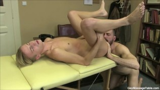 Sexy Gay Stud Gives A Good Massage And Blowjob
