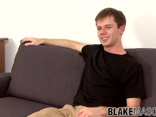 British gay dude jerking off his big cock until cumming