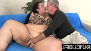 Naughty Young SSBBW Mia Riley Bounces on an Old Mans Big Dick