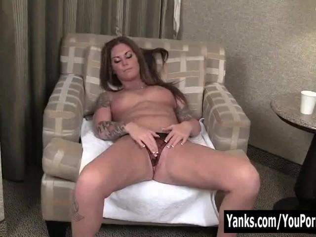 Yanks Tattooed Bella Brookes Masturbates - Free Porn Videos - Cliporno