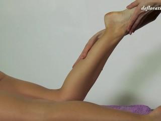Massage/pov/young virgin nicole pussy massage