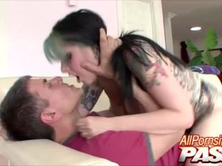 Hot Sex With Tattoed Babe Nicole Malice
