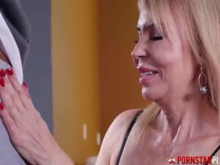 PORNSTARPLATINUM MILF Erica Lauren Blows BBC Before Facial