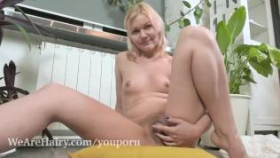 Gerda Lu masturbates after watering her plants
