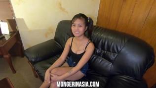 คลิปโป๊ คลิปหลุดฟิลิปปินส์ XXX  Delectable Filipina teen maid will do anything for a job
