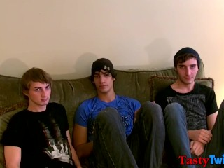 Threeway with young men looking for raw bareback sex and fun