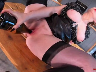 Alluring horny mom Red XXX is always erotic and ready to go