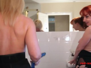 Red XXX and Lucy Gresty play in the bathroom