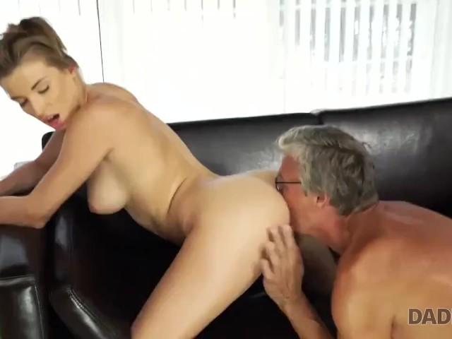 Betrügt Boyfriend Big Dick