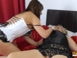 OldNannY Two Sexy Mature Ladies Playing Together