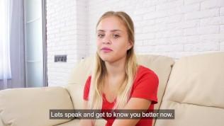 Virgin girl Monika Jelölt is hymen casting