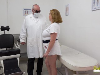 OldNannY Two Mature Ladies Masturbation and Dildo