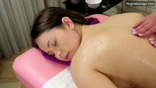 Adelyn Abbe gets first time massaged