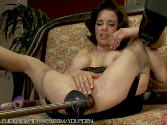 fucking machine porn Dec 2015  Goldie experiences hardcore orgasms with fucking machine  Fucking machine  drills Goldie so hard that she pisses herself and squirts on the floor.