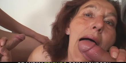 Cock sucking women