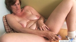 Mature old housewives pictures 3
