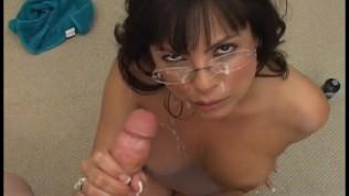 Amateur latina milf blowjob