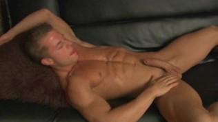 Badpuppy Smooth Muscle Hunk Matt