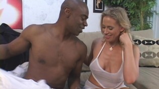 Mommy's Big Orgasm From Black Lover PornZek.Com