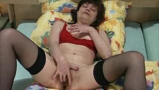 Mature hairy vagina videos 12