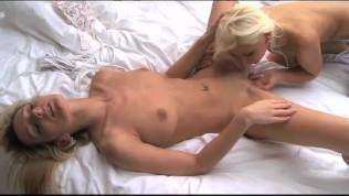 Lesbea Teen Gets Very Wet PornZek.Com