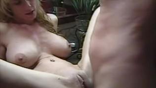 Female masturbation pictures and videos