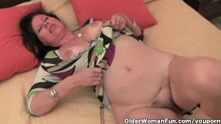 Mature Mom With Big Tits And Hairy Pussy Needs To Get Off PornZek.Com
