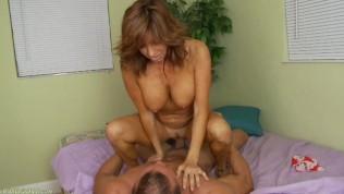 Mature Slut Tara Holiday Fucked Hard PornZek.Com