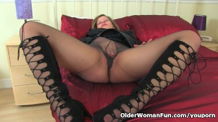 English Milf Silky Thighs Lou Destroys Her Tights And Plays PornZek.Com